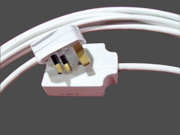 Extension Lead 6 Sockets : M standard single socket amp white extension lead